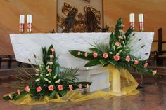 Discover thousands of images about Altar Flowers, Church Flower Arrangements, Church Flowers, Beautiful Flower Arrangements, Floral Arrangements, Beautiful Flowers, Deco Floral, Arte Floral, Altar Decorations