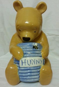 WINNIE THE POOH LOT! COOKIE JAR, BEEHIVE CANDLE HOLDER, BOOKEND