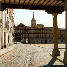Plaza Mayor de Tembleque. Toledo