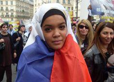 Tunezyjka: Namówiłam do głosowania na Front Narodowy moją ciotkę, muzułmankę w chuście!