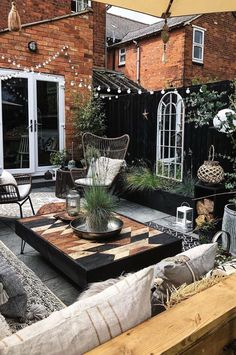 Conception De Jardin Potager - New ideas Backyard Patio Designs, Backyard Landscaping, Outside Living, Outdoor Living, Gazebos, Outdoor Spaces, Outdoor Decor, String Lights Outdoor, Exterior Design