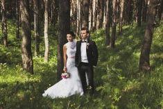 Beautiful wedding photo in the forest   Project by PHANGSANNY http://www.bridestory.com/phangsanny/projects/tatsiana-belarus