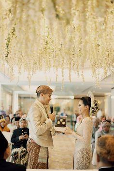 Pernikahan Kara dan Andika dengan Tema Pastel Peranakan - Andika_Kara_0040
