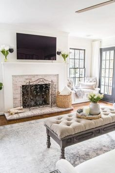 A seasonal simplicity tour with 28 mantels and vignettes all styled for Spring.