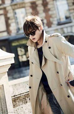 "2016Jan15  #PHOTOBook 【写真】 [HERE] ""I Was Here, I Am Here""  #Anniversary : 9 Years as #Actor #Fashion #Brand #Burberry #Style #Trend  #Korean Actor #LeeMinHo #李敏鎬 (Photo Location:  Paris #巴黎 #FRANCE #法国 ) P006A (Post: 6 March 2016)"