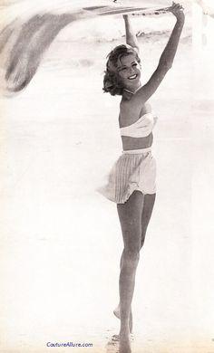 Rose Marie Reid skirted bikini, 1959.