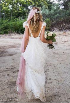 Los velos con colores empolvados ideales para las novias más top