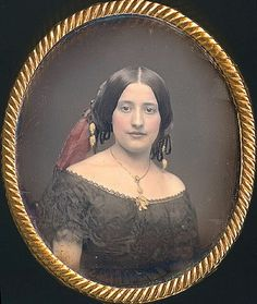 19th century likenesses, especially mid century, are not usually so striking - what a beautiful young woman!