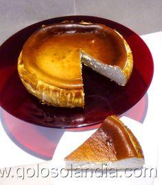 """Tarta de queso """"La Peral"""" fácil receta casera , paso a paso  http://www.golosolandia.com/2014/07/tarta-de-queso-la-peral.html"""