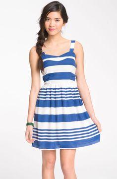 a pretty #striped sundress #TravelGear
