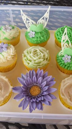 Tinkerbell cupcakes Fairy cupcakes Flower cupcakes Our Family Creations