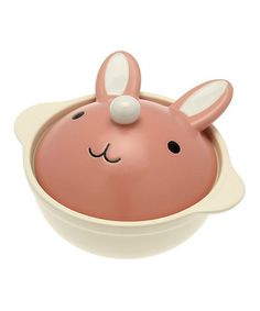 Kotobuki Trading Bunny Hot Pot | Filled with broth and seasonal vegetables, this covered hot pot will serve up delicious soup in cuddly cute style.
