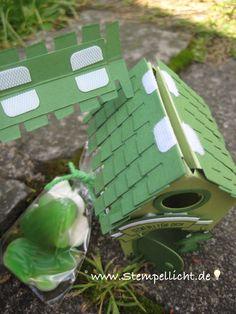 Stamp light: Frog House