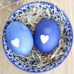 Easter Eggs with Heart | Craft Gawker | Bloglovin'