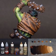 Here is a small recipe for orc's leather jacket. Painting Workshop, Painting Tips, Figure Painting, Painting Techniques, Minis, Warhammer Paint, Colored Highlights, Brown Highlights, Warhammer 40k Miniatures