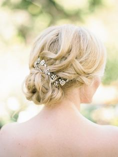 A Beautifully Floral California Wedding from Ashley Kelemen Photography - undo wedding hairstyle