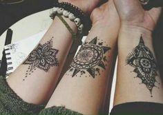 Aujourd'hui, c'est la recherche de l'individu de spiritualité et de choses positives qui explique la popularité de plus en plus croissante du mandala en tant que motif de tatouage