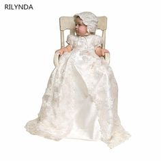 79.00$  Buy here - http://aliuh0.shopchina.info/1/go.php?t=32820347747 -  Hot Sale Ivory color and To the Length of the New Birthday Baby Dress Baby Girl Christening Gowns Baby Girl Baptism Dresses 79.00$ #shopstyle