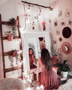 Room Decor Bedroom, Crystal Bedroom Decor, Boho Bedroom Diy, Spare Room Decor, Black Bedroom Decor, Hammock In Bedroom, Boho Dorm Room, Nature Bedroom, Bedroom Decor Lights