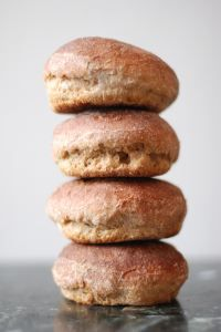 Spelt Sourdough Bun Recipe - Real Food - Spelt flour is good for those who are gluten intolerant. Spelt does have gluten but most people who cannot tolerate gluten seem to be able to eat food made with spelt flour with no reaction. Spelt Recipes, Flour Recipes, My Recipes, Bread Recipes, Real Food Recipes, Dessert Recipes, Delicious Recipes, Healthy Recipes, Sourdough Hamburger Buns Recipe