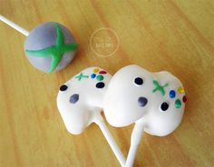 Xbox Controllers and Xbox logo cake pops #xbox #cakepops