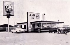 A & W root beer stands with car hops.  They had Papa burgers,  Mama burgers & Baby burgers.
