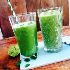 Sådan laver du en greenie / grøntsagssmoothie. Få masser af vitaminer indenbords ved at lave grønne drinks. Grundopskrift her --> Madbanditten.dk Smoothie Recipes For Kids, Smoothies For Kids, Good Smoothies, Smoothie Prep, Juice Smoothie, Juice Drinks, Yummy Drinks, Greenie Recipe, Anti Inflammatory Drink