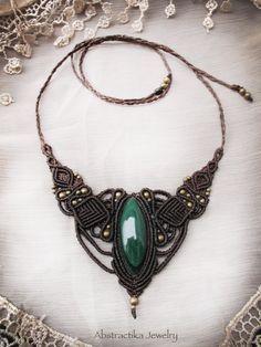 Steampunk macrame necklace with malachite gemstone. Goddess necklace, bohemian jewelry, macrame jewelry, earthy jewelry. Princess jewelry