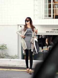 Korean outfits: long knit cardigan sweater + long T-shirt  #koreanfashion #redopin #crgang