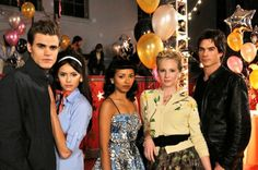 The vampire diaries - paul wesley, nina dobrev, katerina graham, candice accola and Paul Wesley Vampire Diaries, The Vampire Diaries 3, Vampire Diaries The Originals, Joseph Morgan, Damon Salvatore, Kevin Williamson, Katerina Graham, The Salvatore Brothers, Vampier Diaries