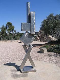 David Smith, CUBI VI (1963), Israel Museum, Jerusalem.