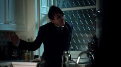 Everybody has a secret. Gotham Season 2, Season 2 Episode 1, Robin, Batman, Seasons, Penguin, Style, Swag, Seasons Of The Year