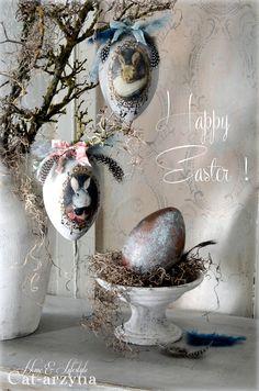 From Biljana Vasovic Easter Egg Crafts, Easter Eggs, Decoupage, Easter Wallpaper, Easter Parade, Egg Art, Easter Holidays, Egg Decorating, Vintage Easter