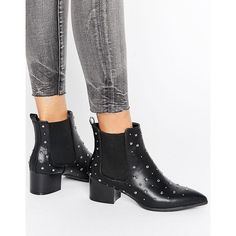 Missguided Studded Heeled Ankle Boots (220 RON) ❤ liked on Polyvore featuring shoes, boots, ankle booties, black, black pointed toe booties, pointy-toe ankle boots, black bootie boots, short black boots and black boots