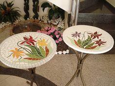 Mosaico e Design: Mesa redonda folhagens