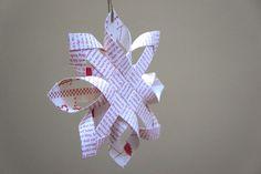 Dans ma lancée noëlistique, je reviens avec une autre décoration de Noël mais aussi avec un autre tuto ! Et oui, je sais, c'est Noël avant l'heure !Cette fois, direction la Finlande pou…