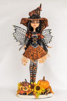 Halloween Witch! Ooak Monster High Doll Custom Cleo de Nile. Wow! Gorgeous! | eBay