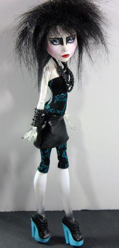 Siouxsie Doll