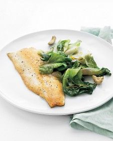 Trout with escarole, orange juice and olives. In a skillet you can prepare a main dish and side dish for one. Seared trout pairs with sauteed escarole, orange juice and zest, and green olives for a quick solo dinner. Seafood Dishes, Fish And Seafood, Seafood Recipes, Dinner Recipes, Seafood Meals, Healthy Cooking, Healthy Eating, Cooking Recipes, Healthy Recipes