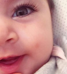 Great selection of Best Babies and Maternity merchandise at affordable prices! Cute Baby Boy Images, Cute Kids Pics, Baby Girl Pictures, Baby Boy Photos, Cute Baby Videos, Funny Baby Memes, Funny Babies, Cute Little Baby, Baby Love