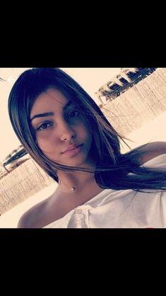 Passer dune vie banale je lai vu jai su que cétait lui cet homm Cool Instagram Pictures, Creative Instagram Stories, Snapchat Selfies, Fake Photo, Close Up Portraits, Selfie Poses, Stylish Girl Images, Digital Art Girl, Grunge Girl