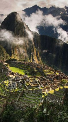 Machu Picchu, Peru. Dying to visit this place!