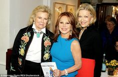 She leans on her pals:Her close friends are Candice Bergen and Marlo Thomas, who she is seen with here in April 2014