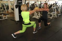 News Elizabeth Hashagen visited Sky Athletic and learned the front lunge exercise. Keep Fit, 12 Weeks, Lunges, Sporty, Exercise, Athletic, Sky, Learning, News