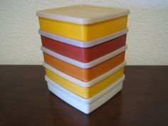 Square A Way Sandwich Keepers Set of 5 Harvest Colors - Vintage Tupperware #670 with #671 Lids by fromThePeddlersCart on Etsy