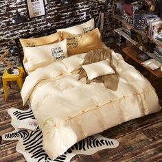 Cheap bed linen, Buy Quality bedding set directly from China fashion bedding sets Suppliers: Mattress cover reactive printing bedding set queen size fitted sheet cotton simple solid palin fashion bed linens Cotton Bedding Sets, Queen Bedding Sets, Linen Bedding, Bed Linens, Mattress Covers, Buy Mattress, Cheap Bed Linen, Linen Shop, Bed Styling