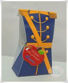 Caixinha Príncipe Azul Escuro com tag