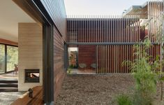 A Sustainable Inner-Suburban Home, Designed To Be Deconstructed + Reused Australian Architecture, Australian Homes, Contemporary Architecture, Residential Architecture, Pavilion Architecture, Dyi, Rammed Earth Wall, Best Decor, Melbourne House