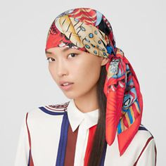 Hermes Online, Tie And Pocket Square, Small Leather Goods, Square Scarf, Elegant Woman, Silk Scarves, Womens Scarves, Style Inspiration, Usa