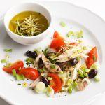 Guarda come cucinare una buonissima insalata di gallina in modo semplice e veloce. Vota la ricetta su Sale&Pepe. Chicken, Meat, Food, Essen, Yemek, Buffalo Chicken, Cubs, Meals, Rooster